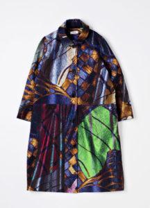 Samujin valkoinen Iman-takki oli pohjana, kun neljä taiteilijaa suunnitteli oman versionsa taiteilijatakiksi Ateneumin kilpailussa keväällä 2016. Yleisö äänesti voittajaksi Sophie Sälekarin suunnitteleman takin.