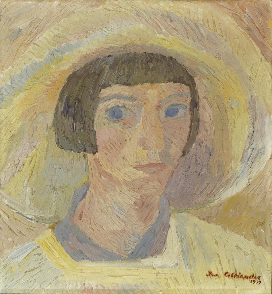 Muotokuva polkkatukkaisesta naisesta, jolla on päässään suuri lierihattu.